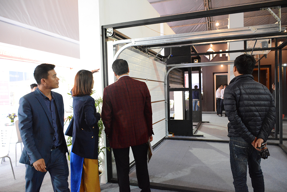 Cửa cuốn Austdoor tham dự Triển lãm Quốc tế VIETBUILD 2017