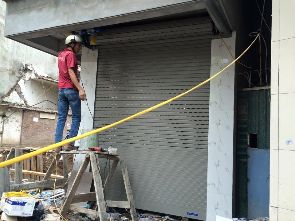 Xây Tường Để Chờ Lắp Đặt Cửa Cuốn