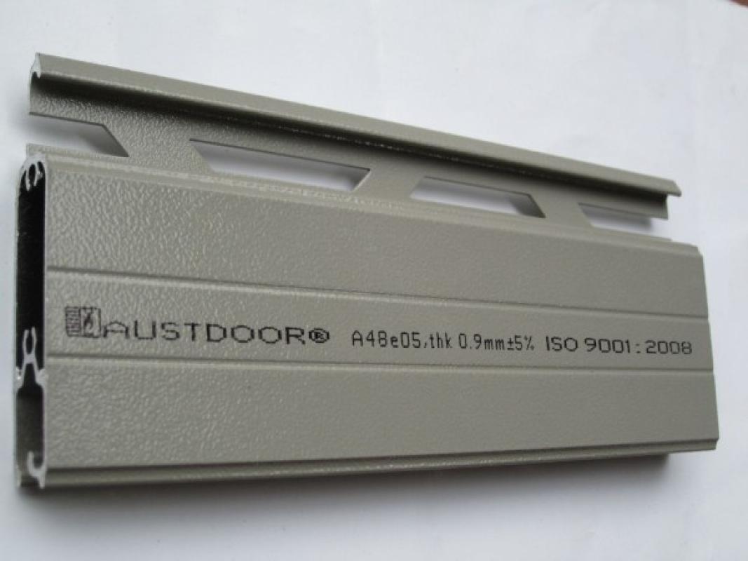 Cửa Cuốn Austdoor A48i - Dày 1.1 mm